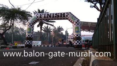 Balon Gate di Sampang